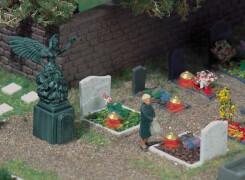 H0 4 Gräber mit  Leuchten